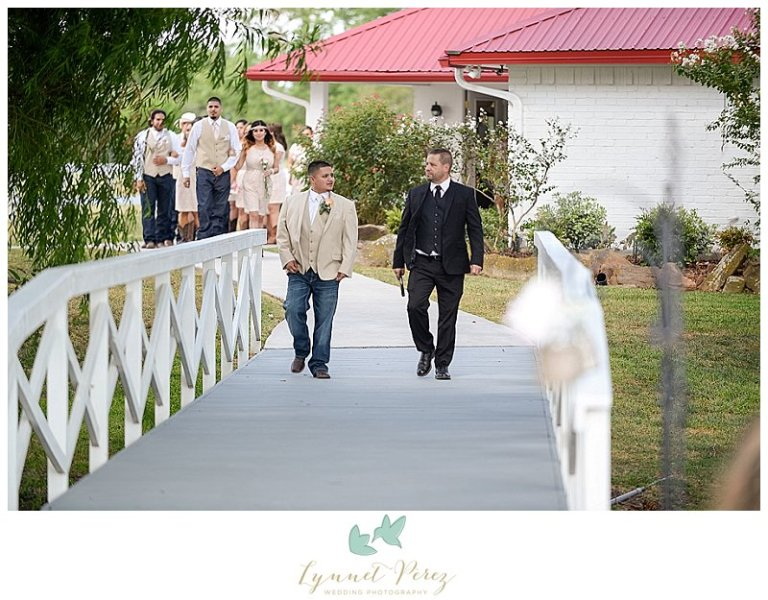 dallas-wedding-photographer-ceremony-entrance