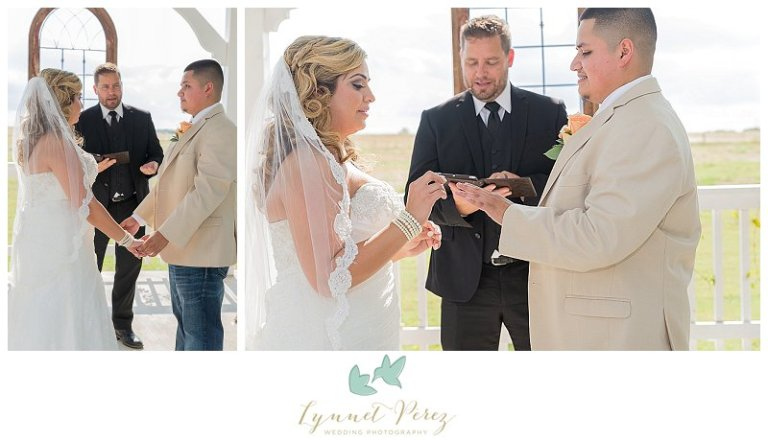 dallas-wedding-photographer-ring-exchange-during-ceremony
