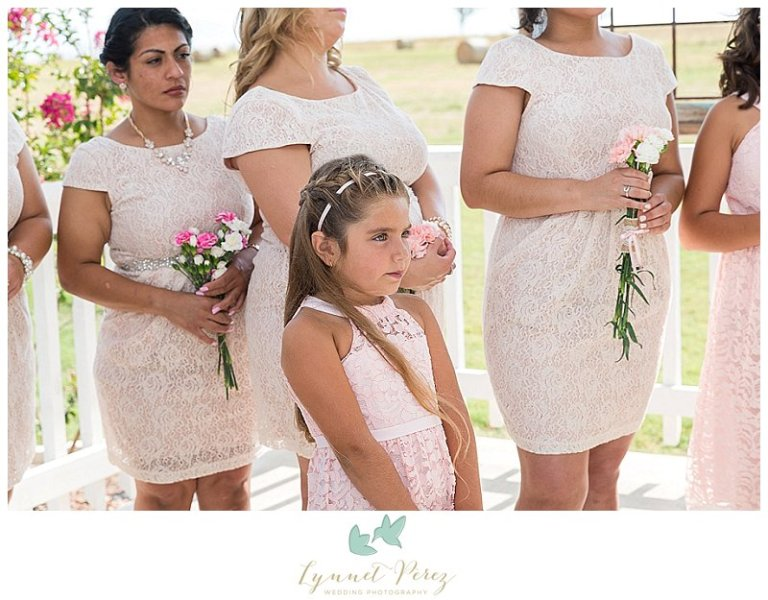 dallas-wedding-photographer-ceremony-flower-girl