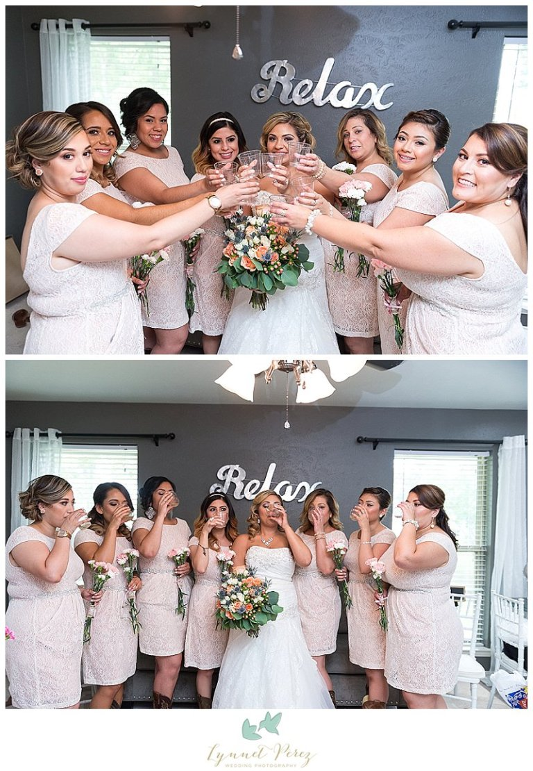 dallas-wedding-photographer-bridal-party-toasting