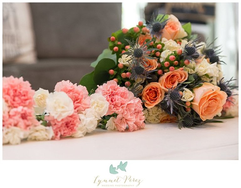 dallas-wedding-photographer-peach-floral-decor
