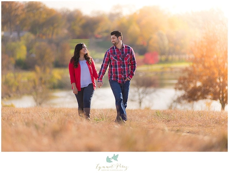 dallas-Fort-worth-wedding-photographer-engagement-photos-on-sunny-day