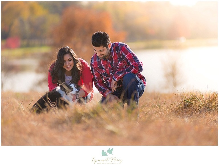 dallas-Fort-worth-wedding-photographer-engagement-photos-with-their-pet
