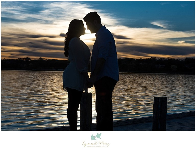 dallas-Fort-worth-wedding-photographer-engagement-sunset-silhouette