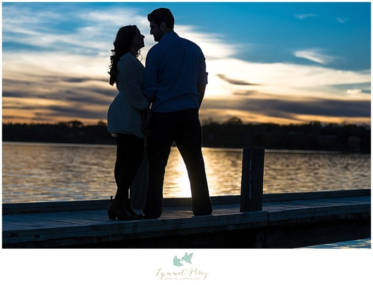 dallas-Fort-worth-wedding-photographer-engagement-sunset-silhouette-photo