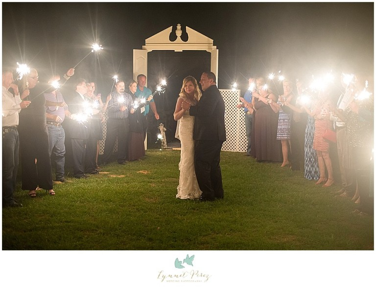 fort-worth-wedding-photographer-los-pinos-ranch-vineyards-grand-exit
