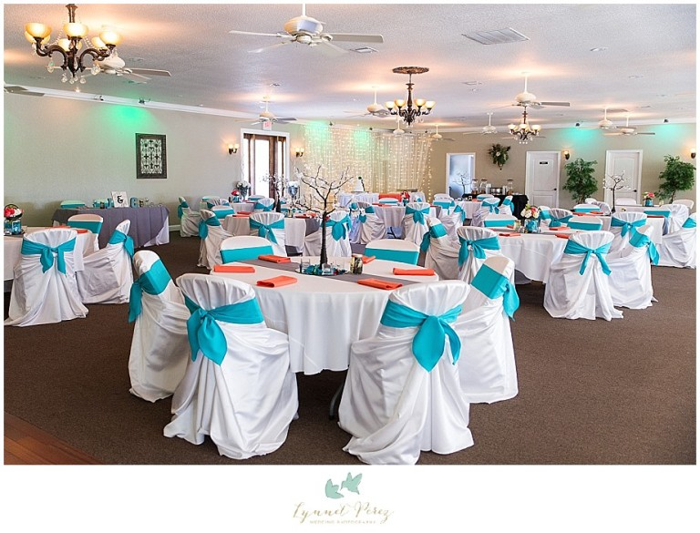 Dallas-wedding-photography-at-A-and-M-Gardens-in-Azle-TX-0023.jpg