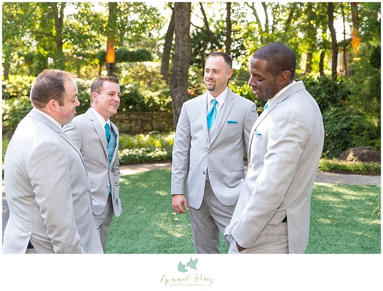 Dallas-wedding-photography-at-A-and-M-Gardens-in-Azle-TX-0109.jpg