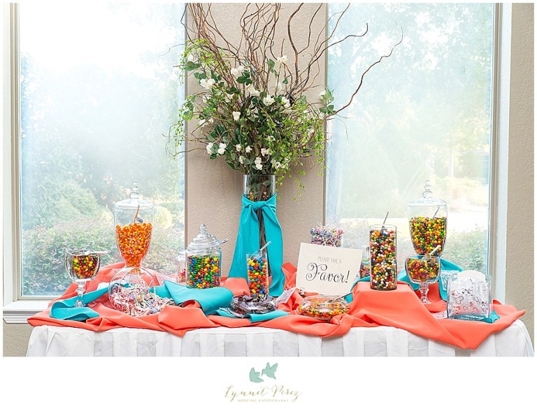 Dallas-wedding-photography-at-A-and-M-Gardens-in-Azle-TX-0362.jpg