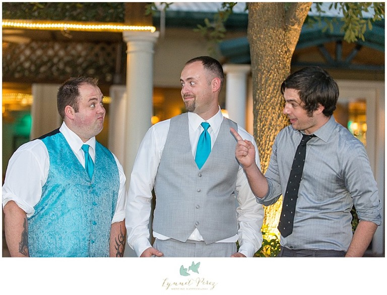 Dallas-wedding-photography-at-A-and-M-Gardens-in-Azle-TX-0466.jpg