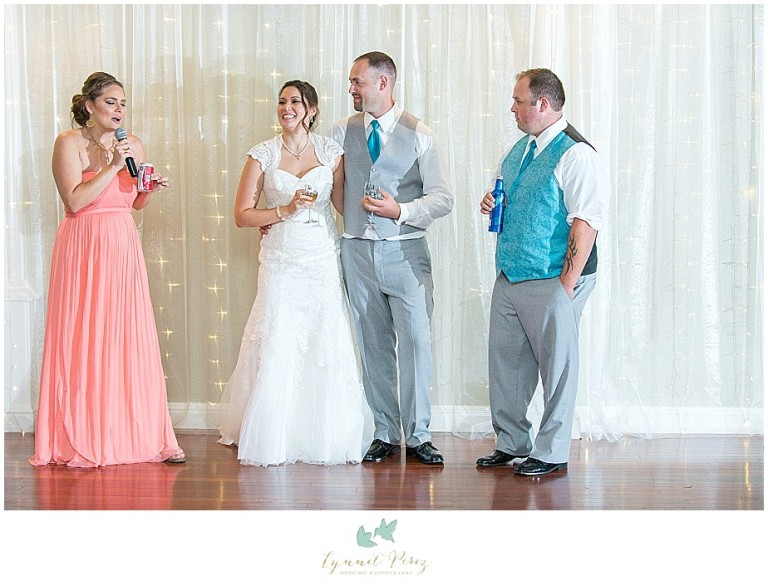 Dallas-wedding-photography-at-A-and-M-Gardens-in-Azle-TX-0507.jpg