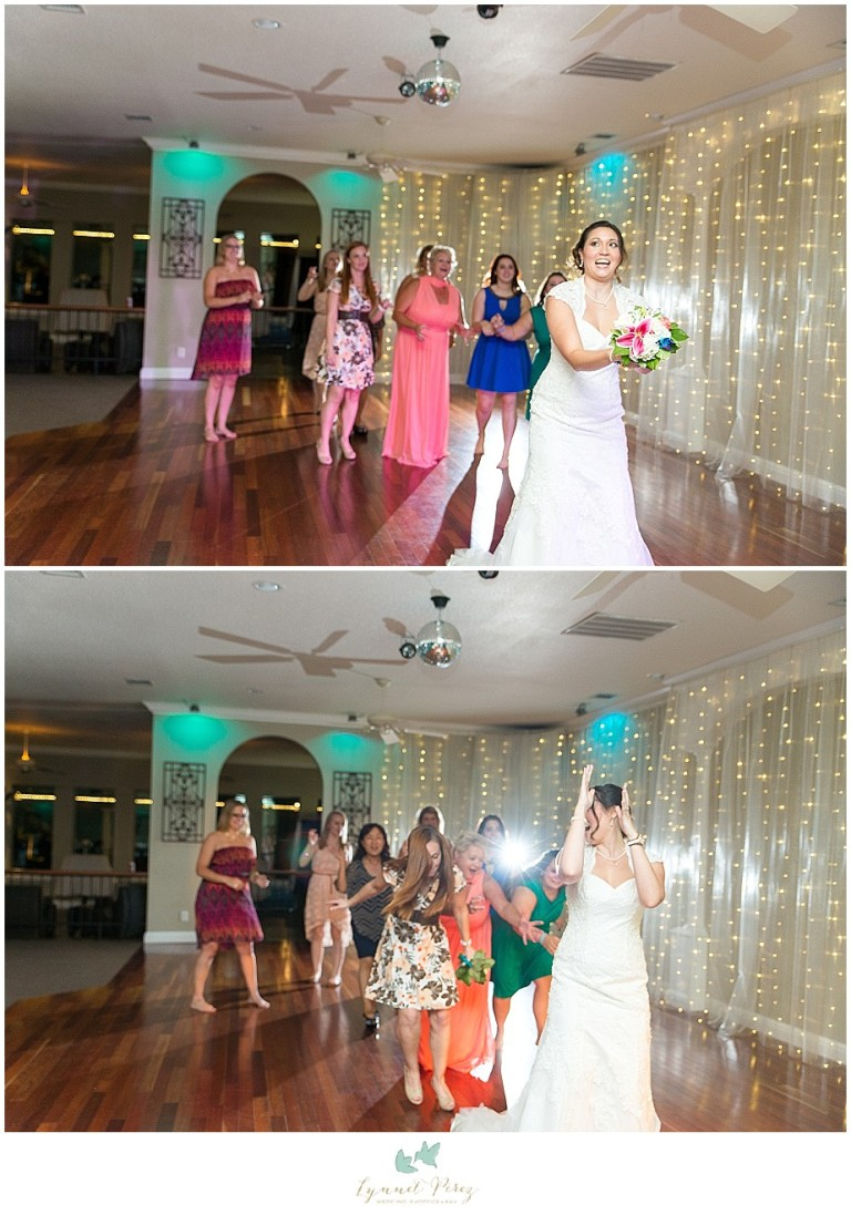 Dallas-wedding-photography-at-A-and-M-Gardens-in-Azle-TX-0703.jpg