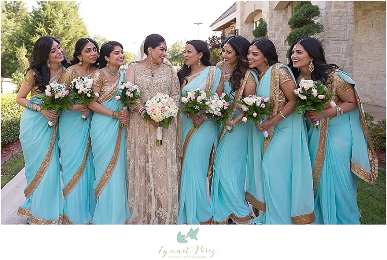 muslim-bride-with-bridal-party