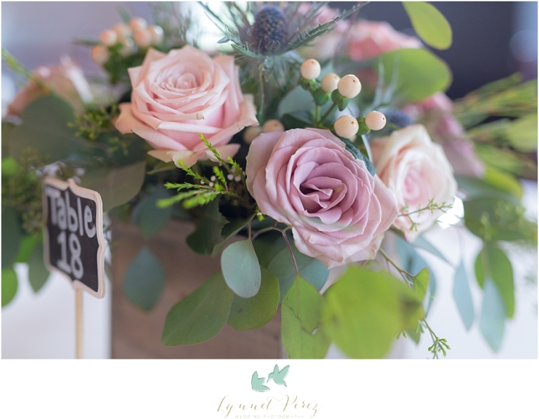 Love-Lace-and-Vintage-Charm-wedding-decor