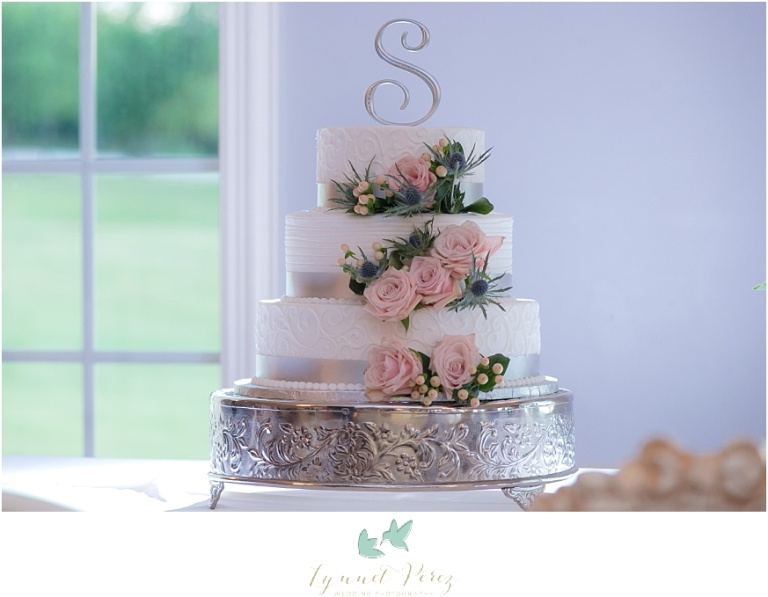 wedding-cake-by-Candy-Haven-Denton