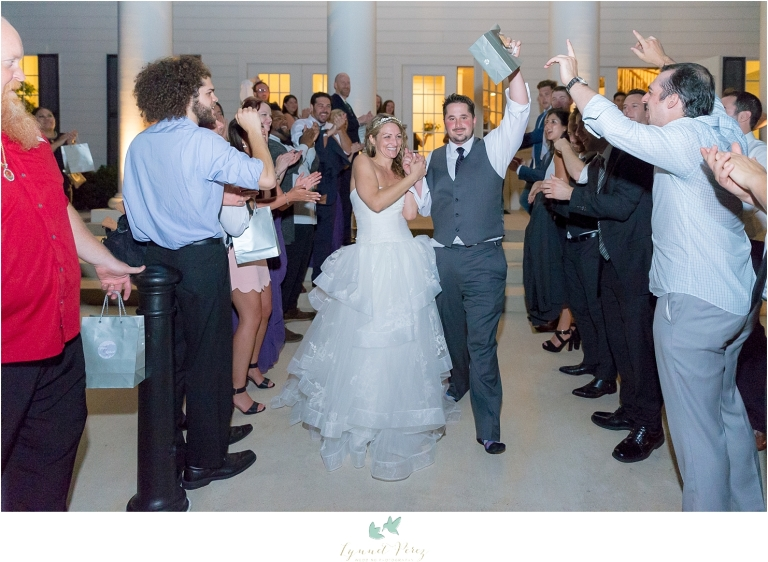 bride-and-groom-grand-exit