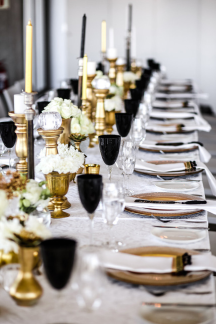 black-gold-wedding-decor-ideas
