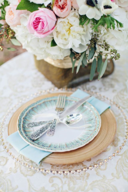 dusty-blue-wedding-decor