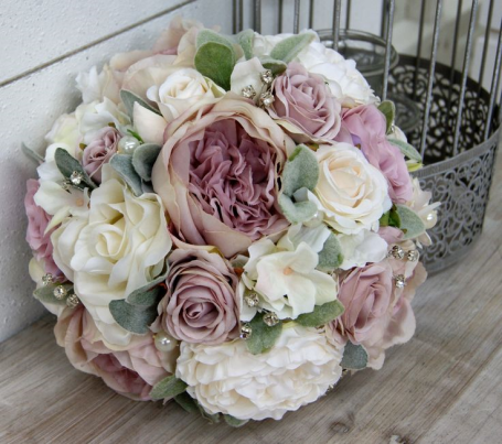 mauve-wedding-floral-ideas