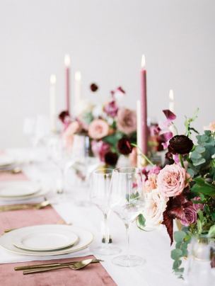 mauve-rose-wedding-decor
